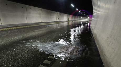Oversvømmelse i Oslofjordtunnelen i august 2003. Foto: Bjørn Sigurdsøn/ Scanpix