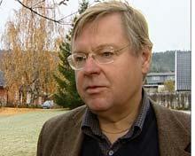 Professor Tor Selstad foreslår skattelettelser i utkantsstrøk i Innlandet. Foto. Arvid Torsgard/NRK