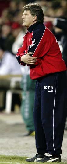 Knut Torbjørn innrømmer å ha blitt rundlurt i forhold til kvalifikasjonene hos spilleren fra Sør-Afrika. Foto: Scanpix