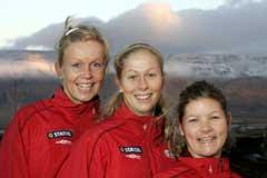 Kristine Edner, Marit Fiane Christensen og Siri Nordby må vente med feiringen. (Foto: Terje Bendiksby / SCANPIX)