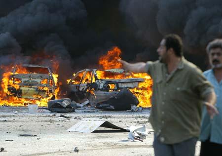 Knapt en dag går uten at Bagdads befolkning blir utsatt for dødelige bomber. (Foto: A. Al-Rubaye, AFP)
