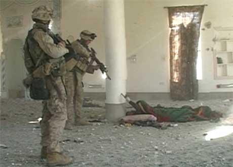 TV-bildene fra hendelsen i Falluja er sensurert av amerikanske militærmyndigheter. (Foto: Reuters/Scanpix)