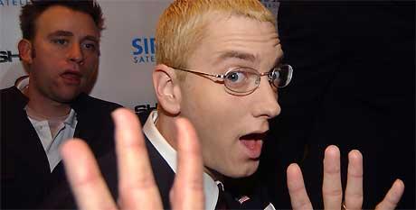 28. oktober 2004: Eminem ankommer Roseland Ballroom for å presentere «Shade 45», den nye satellittradiokanalen produsert av hans eget plateselskap, Shady Records. Foto: AP