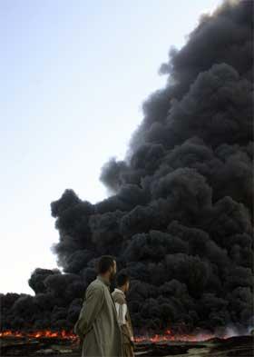Opprørere har angrepet flere oljerørledninger i Irak de siste månedene. (Foto: AFP/Scanpix)