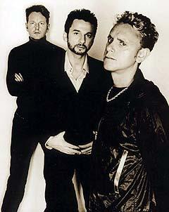 Depeche Mode med ny samleplate i ny innpakning. Foto: Anton Corbijn.