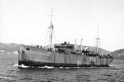 MS Rigel fotografert på Vefsnfjorden i 1941. Foto. Ludvig Vikbakk. Bildet tilhører Kåre Jonassen, Elsfjord.