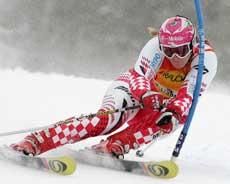 Janica Kostelic vant kvinnenes kombinasjonsrenn. (Foto: AFP / SCANPIX