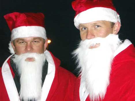 Folk mener Petter burde vært litt mer julenisse, og gitt Henning mer økonomisk støtte.