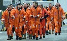 EVAKUERING: Hele mannskapet måtte forlate plattformen etter ulykken på Snorre A 28. november.