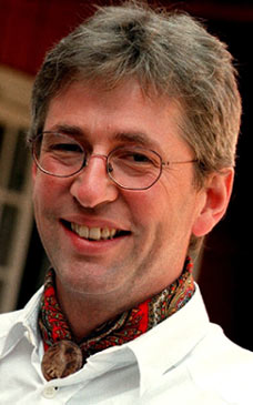 Arne Brimi tykkjer det er stor stas å bli æresdoktor.(Foto: Berit Roald/Scanpix)