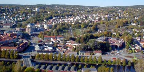 Fire millioner mindre kommer inn i kommunekassen når flertallspartiene i Halden ønsker å senke eiendomsskatten og redusere bunnfradraget. Foto: Rainer Prang, NRK.