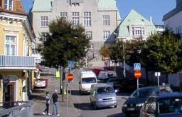 Forretninger i Strømstad melder om nedgang i julehandelen på 10-15 prosent.