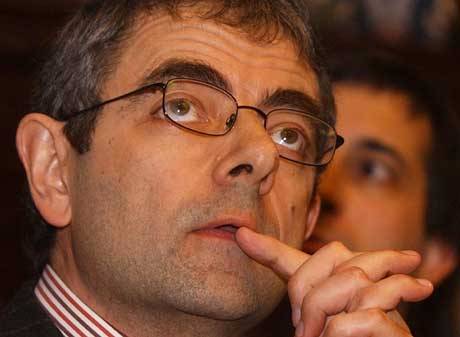 Rowan Atkinson leder gruppen av komikere, forfattere og akademikere som går mot det nye britiske lovforslaget. Foto: Scanpix