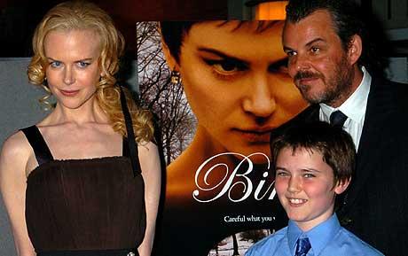 Nicole Kidman, Cameron Bright (i midten) og Danny Huston fotografert under premieren på filmen i New York i oktober i år, Foto: Scanpix
