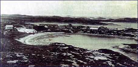 Den gamle kvalstasjonen i Nyhamna rundt 1930. Foto:Utlånt kulturavdelinga i fylket fra familien Ingebrigtsen.