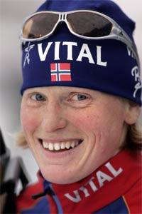 Lesja-jenta Tora Berger gjekk bra for det norske stafettlaget. (Foto: Erlend Aas/Scanpix)