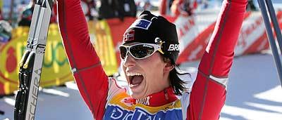 Marit Bjørgen er Norges store medaljehåp - og innfrir hun hører du det direkte i NRK P1 - hver eneste gang hun er i medaljekamp. (Foto: Scanpix/Ørn E. Borgen)