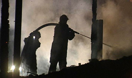 Molde hadde flest branner i fjor. Her fra en brann i en driftsbygning på Roaldset i desember i fjor. (Foto: Roar Strøm)