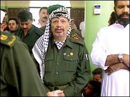 Arafat beordrer stopp i skytingen.