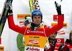Janne Ahonen er sesongens suverene hopper. (Foto: AP/Scanpix)