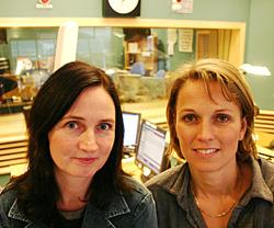 Mona Myklebust og Marit Kolberg - kjente stemmer i Dagsnytt. (Foto: Jon-Annar Fordal)