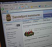 Datatilsynet mener Sandefjord kommune har lagt ut ulovelige personopplysninger på sine internettsider.