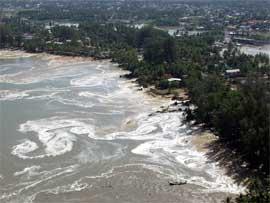 Det tsunamirammede Phuket på Thailand. Foto: Scanpix