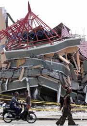 Ødeleggelsene i Ache-provinsen er enorme.(Foto: Scanpix/AFP)
