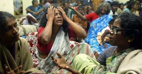 Hjemløse i India sørger over sine døde (Scanpix/AP)
