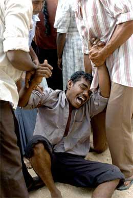 Sri Lanka er hardt rammet av flodbølgen, med godt over 20.000 døde så langt. (Scanpix)