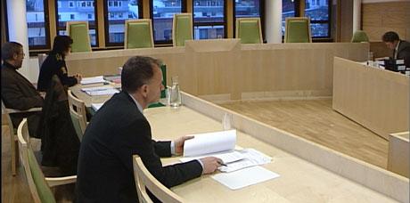 Retten bestemte at den sikta blir sitjande i fengsel fram til rettssaka. NRK-foto Heidi Lise Bakke.