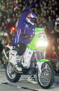 Pål Anders Ullevålseter på sin KTM 660 R i Granada. (Foto: AP/Scanpix)