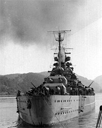 Tirpitz. Foto: U.S. Naval Historical Center Photograph.