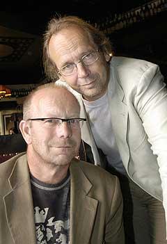 Musikerne Ole Paus (th) og Jonas Fjeld er med på støttekonsert for flodbølge-ofrene i Asia. Foto: Jarl Fr. Erichsen, Scanpix.