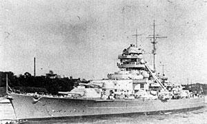 Tirpitz var en av skipene i tyskerenes første kampgruppe. Foto: U.S. Naval Historical Center Photograph.