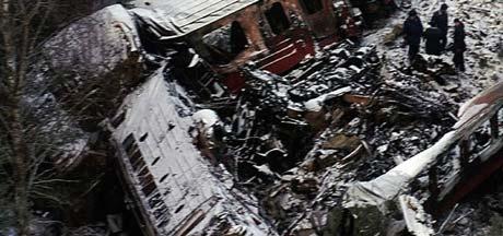 19 mennesker omkom i togulykka på Åsta 4. januar 2000. (Foto: Terje Bendiksby, SCANPIX)