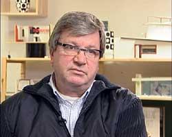 Rektor Erling Lundsbjerg ved IDS-skolen.