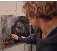 Per Ove Sødal arbeider med bilde til auksjonen (Foto: Jan Jørg Tomstad NRK Sørlandet))