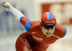 Anette Bjelkevik på vei til personlig rekord på 1500 meter. (Foto: AP/Scanpix)