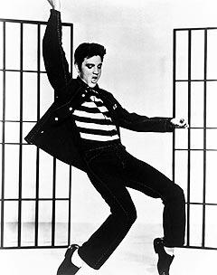 Elvis Presley gikk igjen til topps på de britiske singellistene, denne gangen med musikk fra filmen