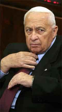Ariel Sharons nye regjering vart i kveld godkjend i Knesset. (Foto: AFP/Scanpix)