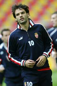 Fernando Morientes opplevde stor suksess i Monaco, men ble henvist til benkan da han kom hjem. (Foto: AFP / SCANPIX)