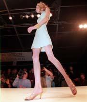 Når kroppsutseende til en kvinne beskrives på en uhyggelig måte, stimuleres den delen av hjernen som aktiveres når en person føler seg under press. Foto: Scanpix