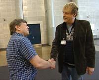 Jon Storaas var nylig tilbake og hilste på gamle kollegaer. Det er flere år siden han mistet jobben sin i Aftenposten og siden han har sett sine tidligere arbeidskamerater.