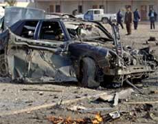 VALGKAMP: Denne bilen eksploderte i byen Baiji i dag og drepte minst ti personer. Foto: Reuters/Scanpix.