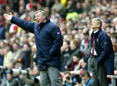 Alex Ferguson og Arsene Wenger har sjelden det beste forholdet på sidelinjen. (Foto: AP/Scanpix)
