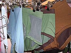 Ullunderbukser er ikke hva de engang var, heldigvis. Foto: NRK