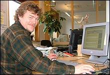 Lars Monsen svarte villig vekk da han møtte spørrelystne nettbrukere.
