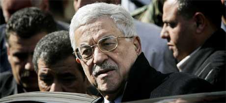 Mahmoud Abbas utsetter valget som var planlagt til sommeren. Foto: Reuters/Scanpix.