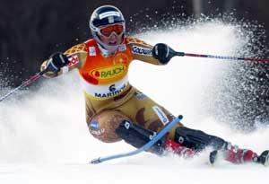 Anja Pärson i aksjon i Maribor. (Foto: REUTERS / SCANPIX)